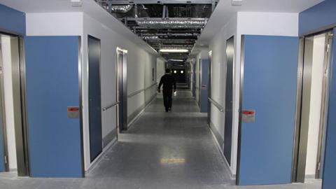 El nuevo Hospital de Ronda podría abrir sus puertas a finales de verano con el triple de superficie asistencial y con la previsión de dar una cobertura a 85.000 personas de localidades malagueñas y gaditanas