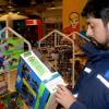 Consumidores AL-ANDALUS organiza una campaña informativa para concienciar a la población de la compra de juguetes seguros
