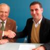 El Ayuntamiento de Moguer y la Asociación Resurgir suscriben un convenio de colaboración por el que la localidad se compromete a apoyar en 2013 la labor solidaria de esta entidad benéfica