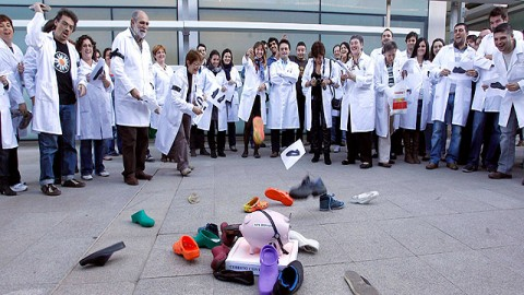 Las protestas contra los recotes en Sanidad y Educación recorren Andalucía