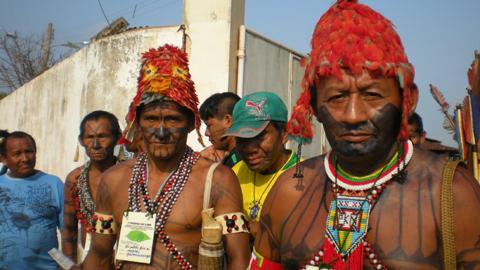 Unos 200 indígenas de Brasil reclaman apoyo parlamentario en el Congreso para lograr la demarcación de sus tierras y el fin de las amenazas y violaciones sufridas por sus pueblos