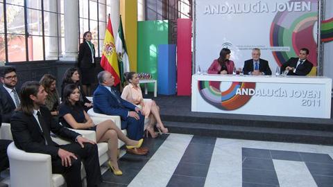 Los galardones 'Sevilla Joven' premian el compromiso, el talento y el esfuerzo de la juventud andaluza