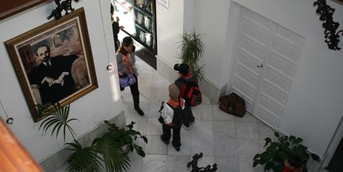 """La Casa Museo Zenobia-Juan Ramón Jiménez de Moguer acoge desde hoy una exposición pictórica bajo el nombre de """"Arte por la paz"""""""
