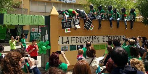 La Plataforma Andaluza en Defensa de la Educación Pública y la Consejería de Educación se reúnen esta tarde para abordar el conflicto de los interinos