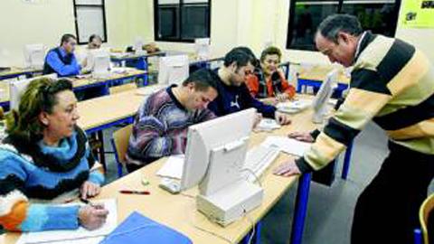 El Centro de Educación de Adultos del municipio malagueño de Campillos abre su periodo de matriculación para el presente curso