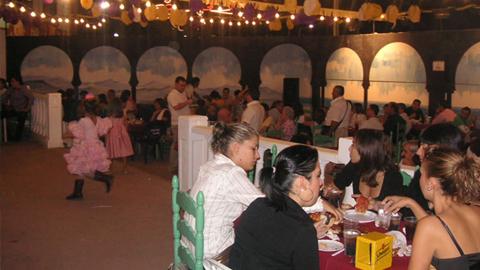Las Fiestas Patronales de la localidad almeriense de Vera continúan esta semana con la celebración del «Día del Niño» y el «Día del Mayor» en el recinto ferial