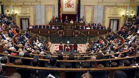 El Gobierno central ha entregado hoy los Presupuestos de 2014 en el Congreso para su aprobación antes de que finalice el año