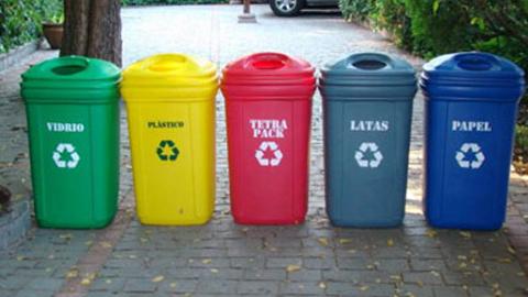 La localidad sevillana de Gelves inicia una campaña informativa sobre la necesidad de la selección y separación de residuos con vistas a la mejora del medioambiente
