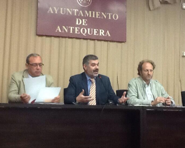 El director general de Comunicación Social anuncia en la Asamblea de EMA-RTV que los presupuestos andaluces para 2014 contemplan una línea de incentivos de 550.000 euros para las radios locales públicas