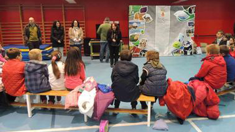 Estudiantes de la localidad gaditana de San Roque comprenden qué es la discapacidad gracias al deporte adaptado