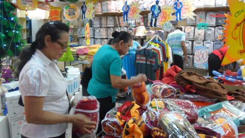 La localidad sevillana de Montellano pone en marcha la campaña «Tu compra se premia» para apoyar el comercio y la red empresarial local