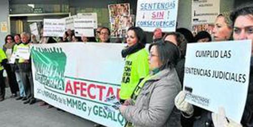 Los afectados por impagos de la Mancomunidad del Bajo Guadalquivir solicitan que los ayuntamientos que la formaban hagan frente a las deudas y cumplan las sentencias