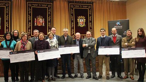 Diversas entidades y asociaciones de la localidad sevillana de Marchena reciben importantes donaciones en premio a su labor