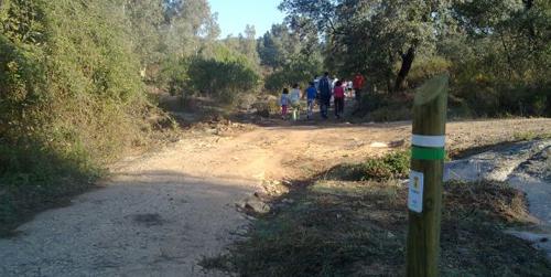 El municipio sevillano de El Ronquillo rehabilita su red de senderos tradicionales para incentivar el turismo rural y fomentar la actividad física y deportiva