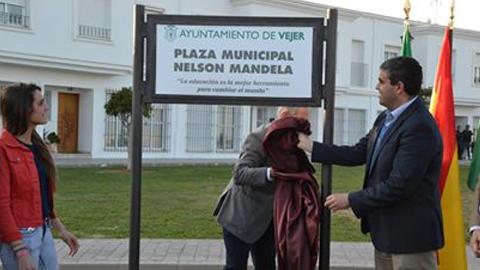 Vejer de la Frontera cuenta con una plaza en homenaje al fallecido líder sudafricano Nelson Mandela