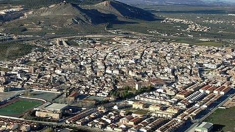 La Diputación de Granada proyecta colaborar con el municipio de Atarfe para intervenciones en materia de servicios sociales