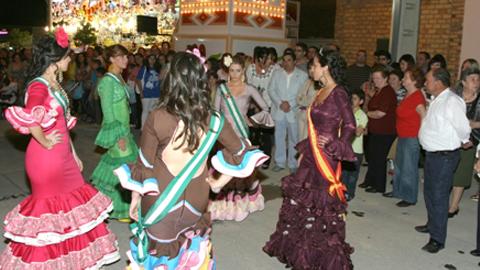 Paradas se viste de gala para celebrar su Feria de Mayo, una de las más antiguas de la provincia cordobesa, con un amplio catálogo de actividades y festejos