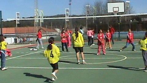 El Ayuntamiento de El Ronquillo organiza numerosas actividades deportivas para la población infantil y mayor, durante los meses de verano para fomentar un ocio alternativo, activo, saludable