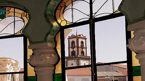 El Museo Histórico de Fuente Obejuna cambia de ubicación y se asienta en las instalaciones del Palacete Modernista, cuyo patio albergará las visitas teatralizadas al museo organizadas por la Asociación Cultural Patrimonio de Fuente Obejuna
