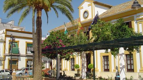 El Ayuntamiento de Guillena propone diferentes actividades para este verano dirigidas a la juventud entre las que destacan talleres, excursiones, eventos deportivos y un curso sobre emprendimiento juvenil