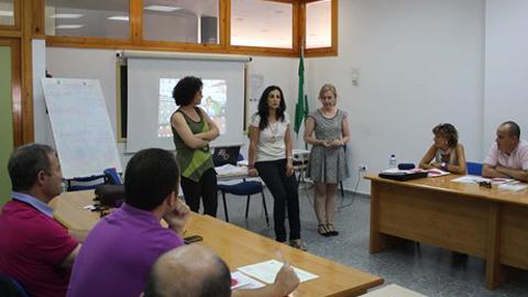 El Área de Igualdad del Ayuntamiento de La Rinconada clausura unas jornadas formativas dirigidas al personal técnico y político responsable de la elaboración de presupuestos