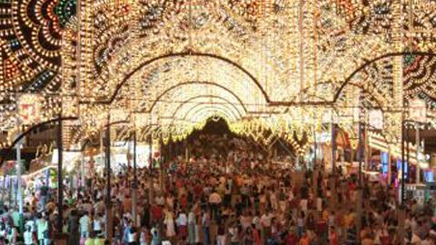 La Real Feria de Agosto 2014 en Antequera contará con un programa de actuaciones gratuitas entre el 21 y el 24 de agosto con artistas de primer nivel