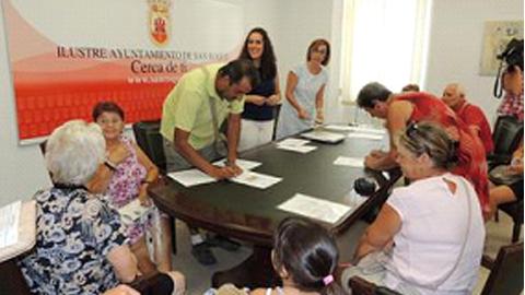 Entregados en San Roque once proyectos de obras para la rehabilitación de viviendas subvencionados por la Junta de Andalucía con un plazo máximo de ejecución de 6 meses