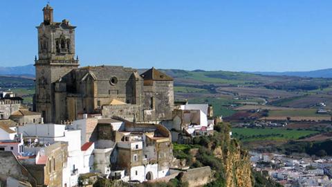 30 agentes turísticos internacionales visitarán este mes la provincia de Cádiz comenzando la ruta en Arcos de la Frontera, con vistas a la promoción de los activos turísticos de la zona