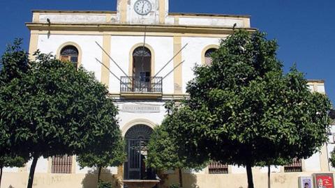 Posadas rehabilita su Ayuntamiento, una construcción del siglo XIX incluido en el Inventario de Edificios y Espacios Públicos de Interés Arquitectónico de Propiedad Municipal de Andalucía