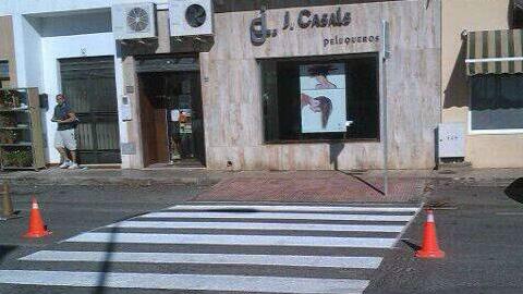 Huércal de Almería intensifica las labores de mantenimiento y mejora de la señalización vial a lo largo del municipio en beneficio de la seguridad de los peatones