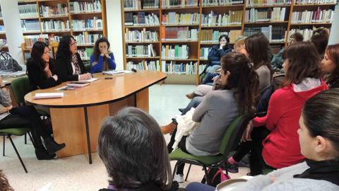 Una nueva edición de las Escuelas de Familia en San Roque pretende enseñar a padres, madres y abuelos del municipio a entender a hijos y nietos para mejorar sus habilidades sociales