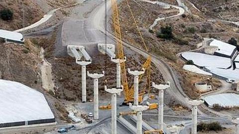 Entra en servicio el tramo de quince kilómetros de la A-7 que une las localidades granadinas de Polopos y Albuñol y en el que se han invertido 354 millones de euros