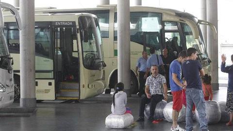 Los vecinos y vecinas de Villa del Río podrán hacer uso de la tarjeta de transporte metropolitano y ahorrar en los viajes gracias al convenio adquirido entre el municipio y el Consorcio del Área de Córdoba