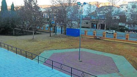Nueva Carteya habilitará un espacio de difusión cultural en las dependencias de la caseta municipal del recinto ferial, una zona abierta de 950 metros que quedará cubierta para ser utilizada en cualquier época del año
