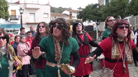El Ronquillo celebrará un año más su Carnaval el último fin de semana de febrero, fiesta que será inaugurada el próximo sábado 21 de febrero por el VII Pregón con un pasacalle y una degustación de migas