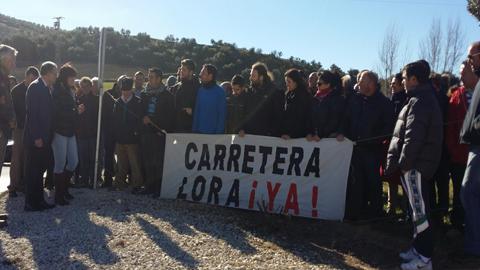 La Diputación de Cádiz pide a la Junta que lleve a cabo las obras de mejora de la carretera de acceso a la localidad de Alcalá del Valle para mejorar su trazado con la implantación de medidas de protección colectiva