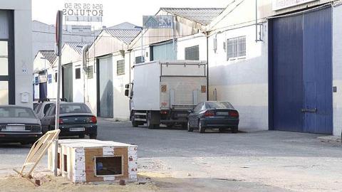 Los polígonos industriales de la provincia de Sevilla serán modernizados por medio de 34 proyectos de dotación y mejora de infraestructuras, solicitados por la Diputación de Sevilla a la Junta de Andalucía