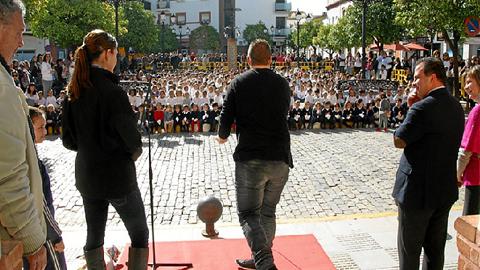 La localidad de San Juan del Puerto ha resultado galardonada con el premio 'Educaciudad' por su compromiso con la educación, siendo el único municipio premiado de toda la provincia de Huelva