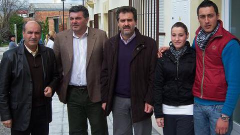 Seis familias de Nueva Carteya acceden a viviendas protegidas en régimen general llevadas a cabo por la Promotora Provincial de Viviendas de Córdoba, gracias a una serie de ayudas a fondo perdido