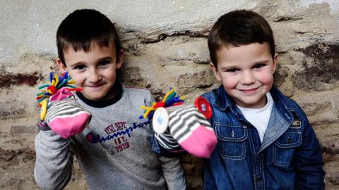 El municipio sevillano de Osuna celebra hoy, 5 de junio, el Día Mundial del Medio Ambiente con la realización de talleres de reciclaje textil donde los niños y niñas de la localidad crearán marionetas