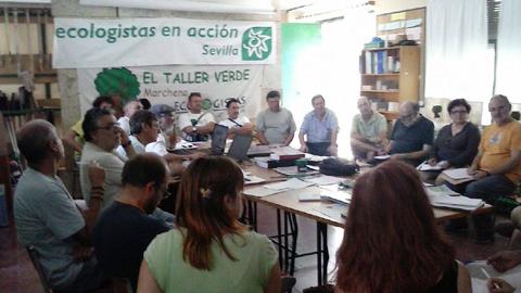 La agrupación ecologista Taller Verde – Ecologistas en Acción pide al Ayuntamiento de Marchena la retirada de las torres de comunicación del casco urbano de la localidad por su contaminación electromagnética
