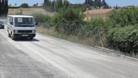 Comienzan los trabajos de mejora de la carretera que comunica los municipios malagueños de Alhaurín el Grande y Villafranco del Guadalhorce tras varios años de negociaciones con la Junta para acometerlos