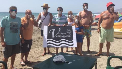 La asociación Veraplayazul expone sus reivindicaciones al consistorio de Vera, centradas en la limpieza de playas, lucha contra la contaminación ambiental y mantenimiento de las infraestructuras del municipio