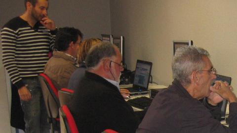 El centro Guadalinfo de la localidad onubense de Punta Umbría abre el día 1 de septiembre el plazo de inscripción para el programa de nuevos cursos de formación en inglés, informática e Internet