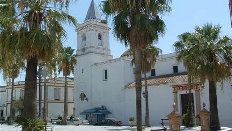 Chipiona y Trebujena firman con la Diputación de Cádiz el Plan de Cooperación de la Costa Noroeste para dar empleo a 90 personas por un periodo de dos meses para la rehabilitación y mejora de zonas urbanas