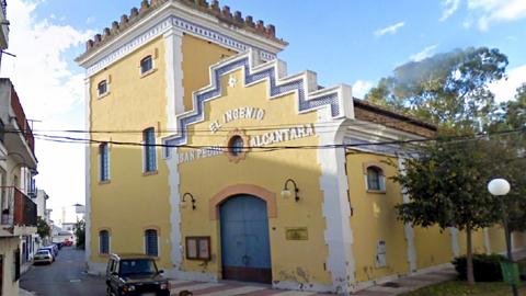 La antigua azucarera de San Pedro de Alcántara, en Marbella, será rehabilitada para reabrir como Centro de Artes Escénicas adaptándola para poder acoger talleres teatrales y representaciones escénicas