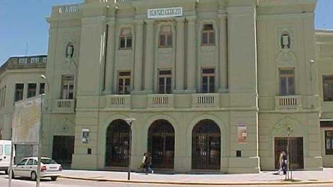 Carmona comienza la segunda fase de las obras de mejora del Teatro Cerezo para continuar con la ampliación de su aforo con 166 nuevas localidades para dar cabida al aumento de espectadores experimentado