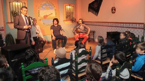 300 escolares del centro educativo Vicente Aleixandre de Marbella asistirán a las jornadas de flamenco de la Peña Sierra Blanca que ofrece el programa 'Marbella Educa' hasta el 18 de febrero