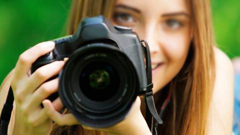 Todas las fotografías presentadas en el I Concurso de Fotografía organizado con motivo del Día Internacional de la Mujer por el Ayuntamiento Villa del Río serán expuestas durante la semana del 7 al 11 de marzo