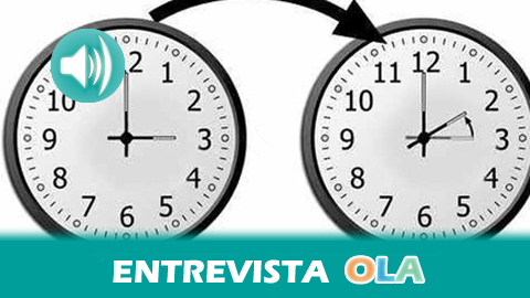 «Si sumamos todas las viviendas andaluzas, el cambio de horario está consiguiendo ahorrar unos dieciséis millones de euros en términos globales», Ángel Sáez, técnico de la Agencia Andaluza de la Energía